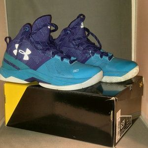Under Armour BGS Curry 2 sz 6.5 Youth Retail $99.